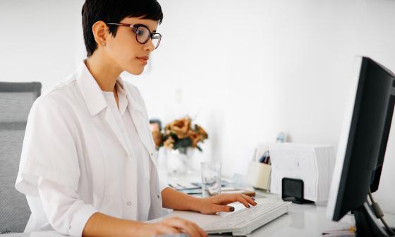 stina healthcare analysis female doctor working